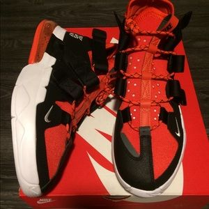 NIB Nike Air Edge 270 size 11